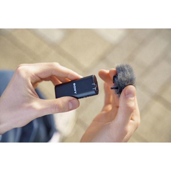Sony ECM W2BT Camera Mount Digital Bluetooth Wireless Microphone System for Sony Cameras 26
