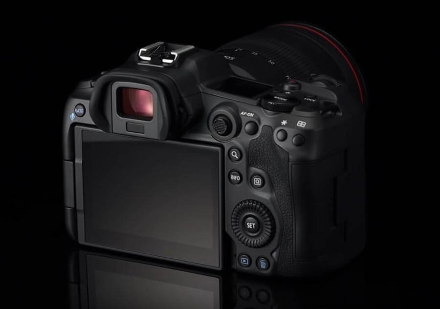 Canon EOS R5 Back Side