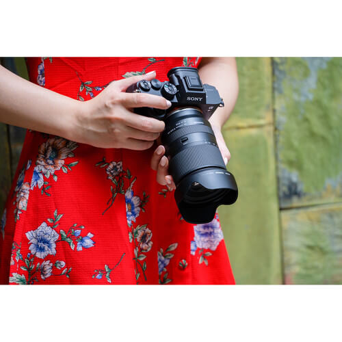 Tamron 28-200mm f/2.8-5.6 Di III RXD Lens for Sony E