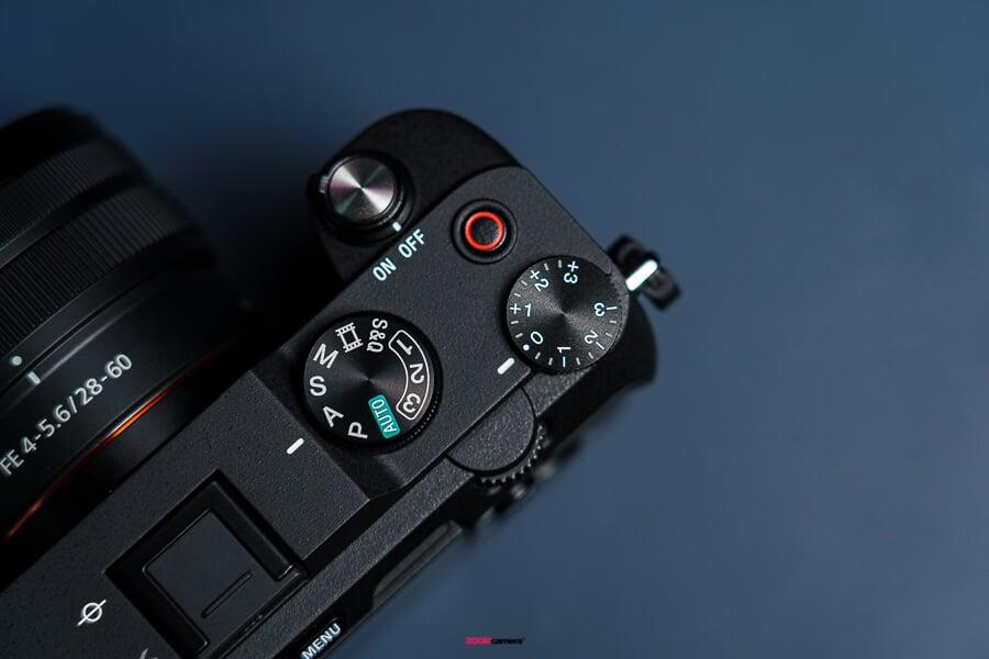 พรีวิว Sony A7C