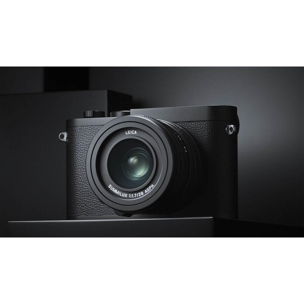 Leica Q2 Monochrom Digital Camera 9