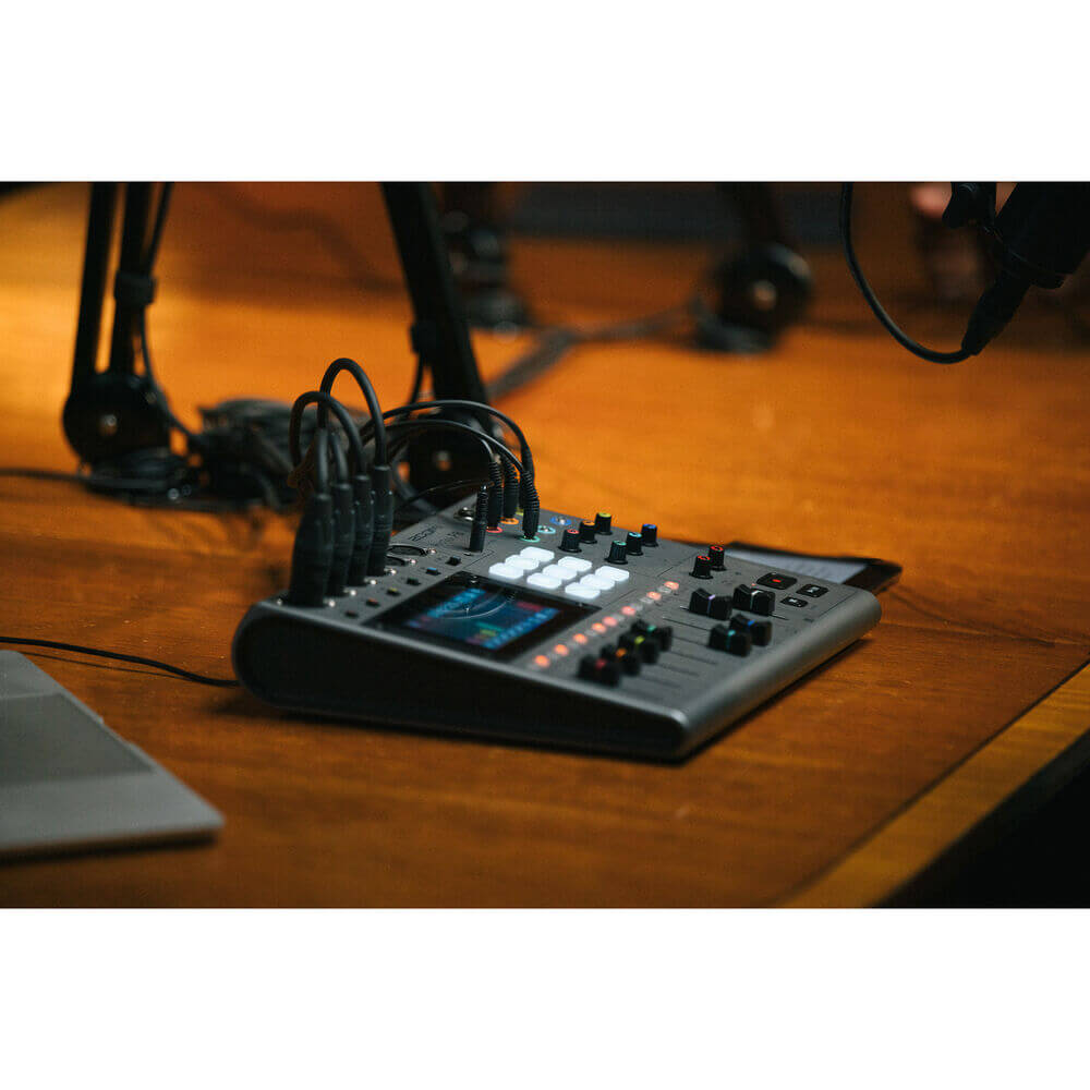 Zoom PodTrak P8 Portable Multitrack Podcast Recorder 14