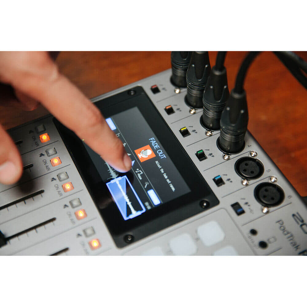 Zoom PodTrak P8 Portable Multitrack Podcast Recorder 16