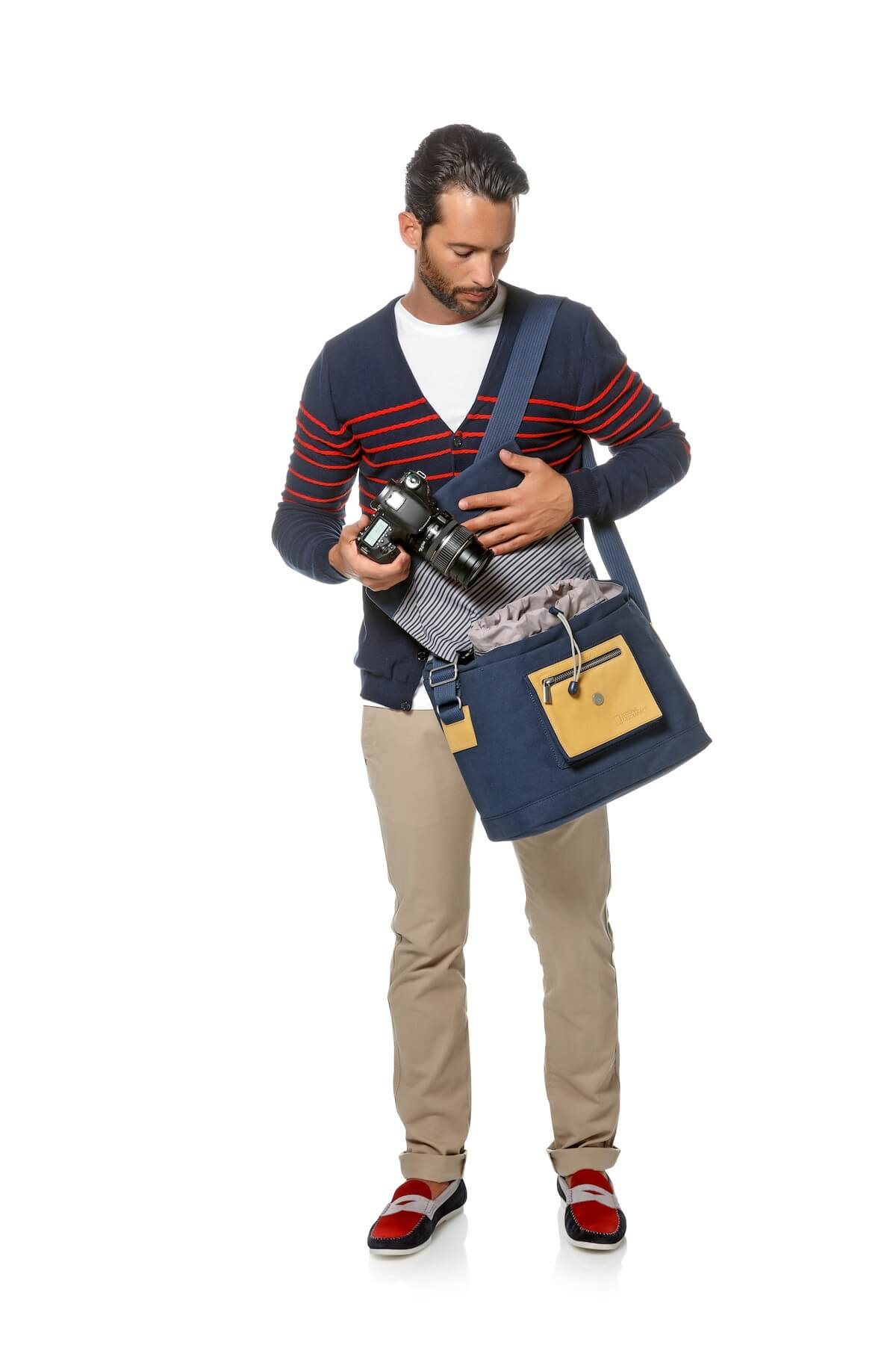 National Geographic NG MC2450 Mediterranean DSLR camera messenger