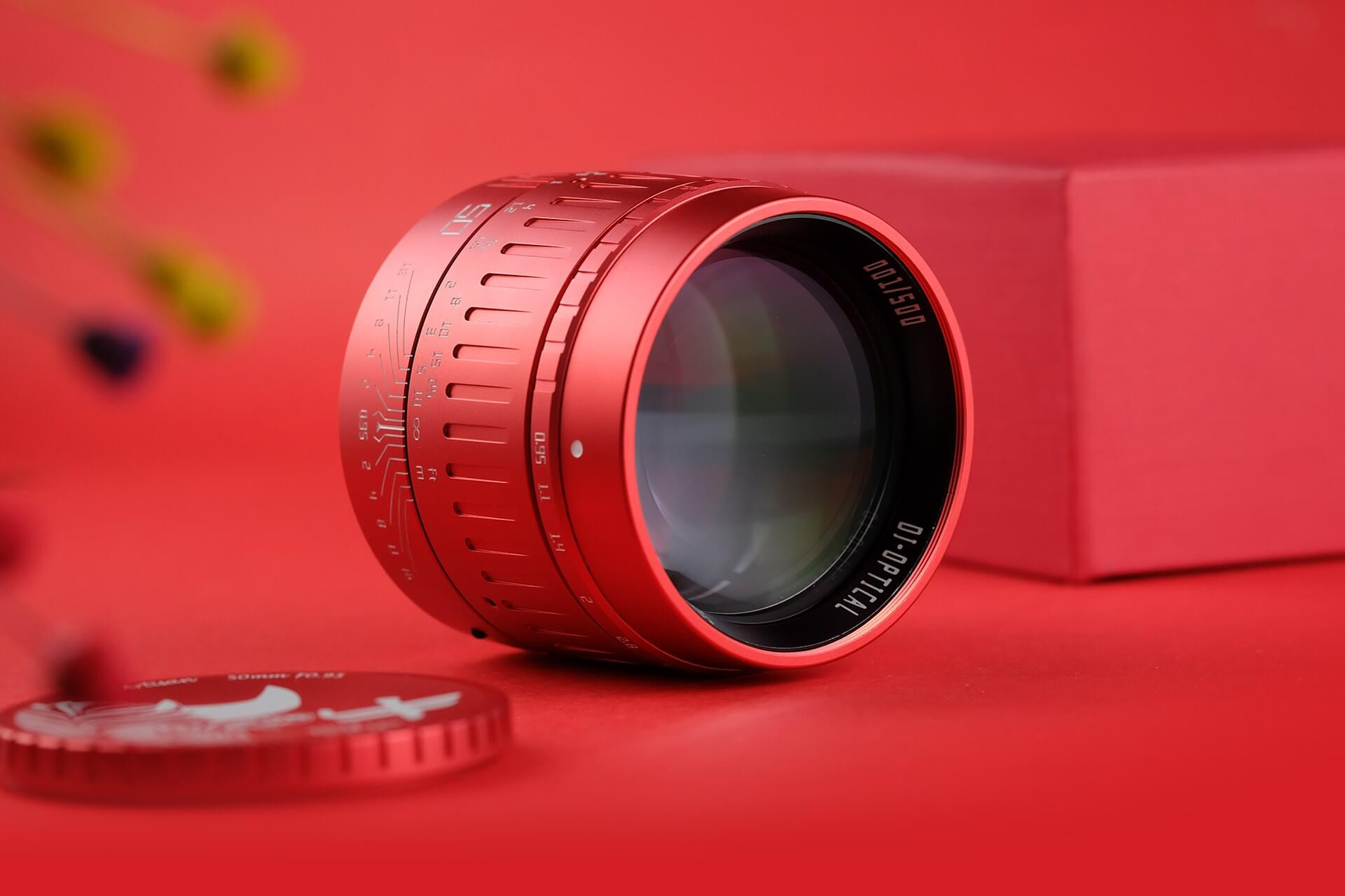 TTartisan 50mm f/0.95 Red Limited Edition