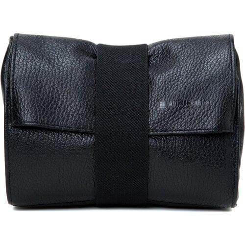 Artisan & Artist ACAM-78 Soft Leather Pouch (Black)1