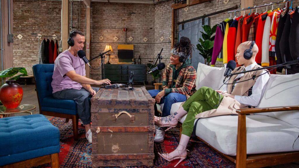 Zoom Podtrak P4 for podcast outdoor studio