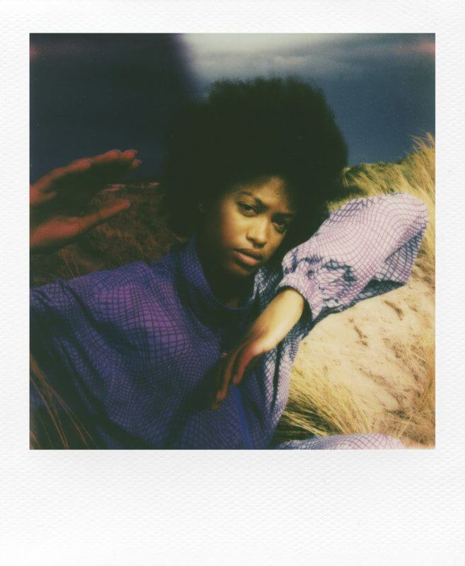 iType Color WhiteFrame Go Harriet Browse162 2000px 657x800 1