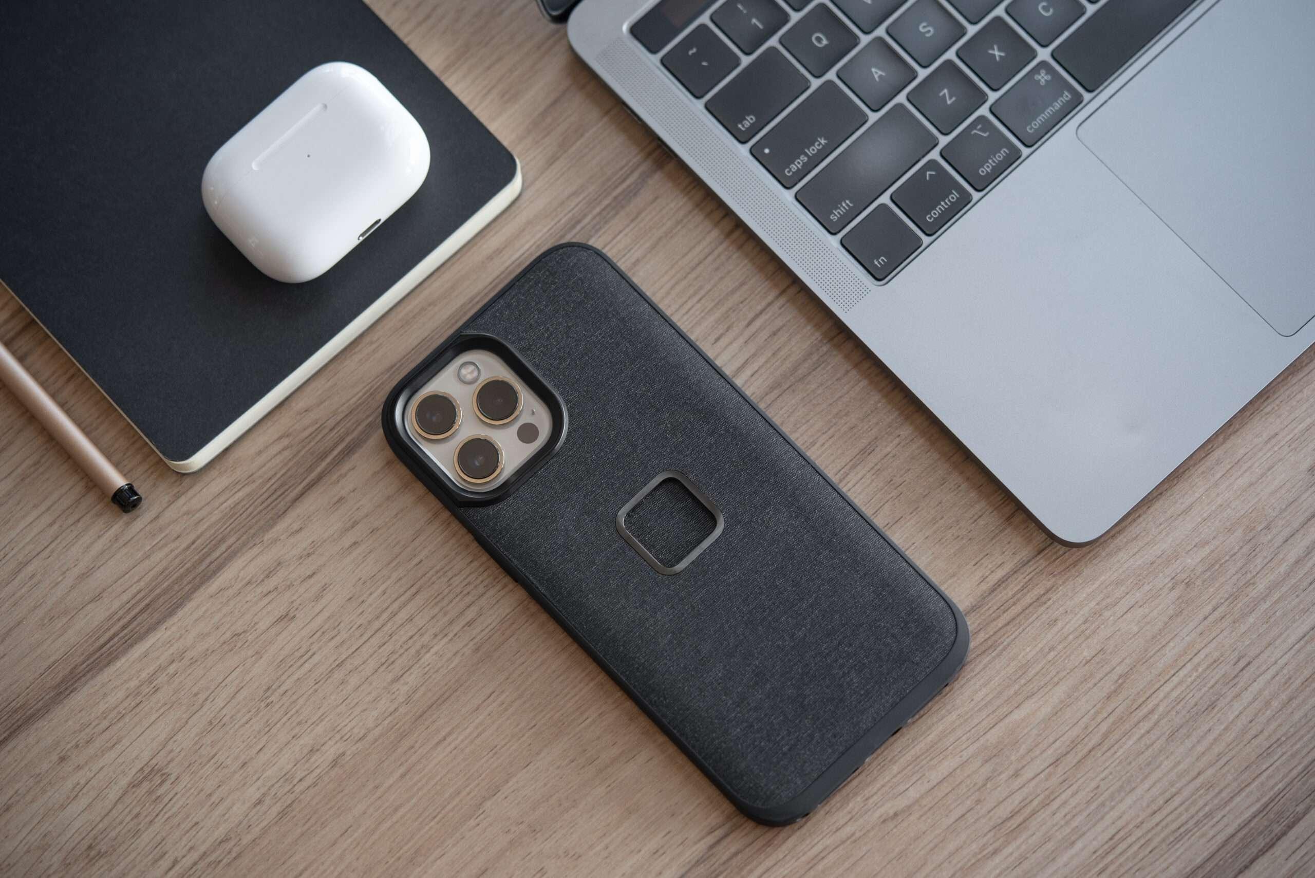 Peak Design Mobile Everyday Smartphone Case with Loop