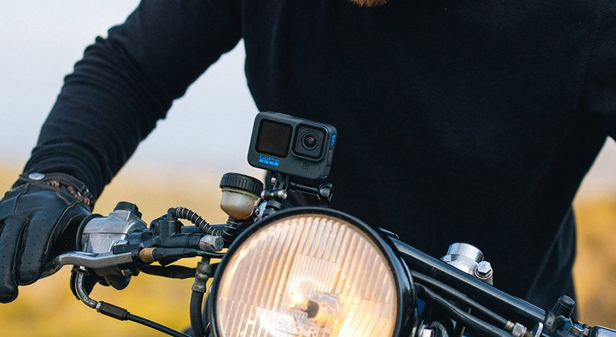 gopro-hero10-black_attach-motorbike